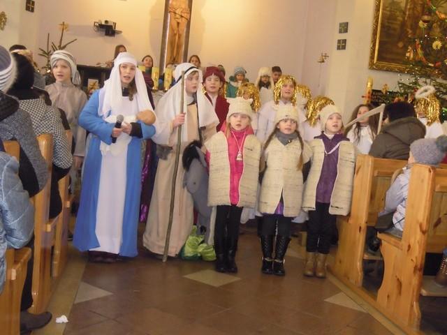 Jasełka w kościele parafialnym w Czerniewicach
