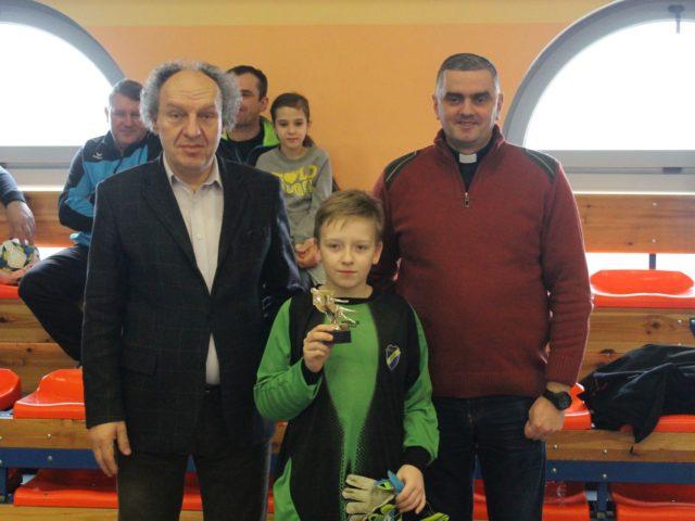 I Turniej Piłki Nożnej Halowej Ministrantów o Puchar Proboszcza Parafii  św. Antoniego w Czerniewicach.
