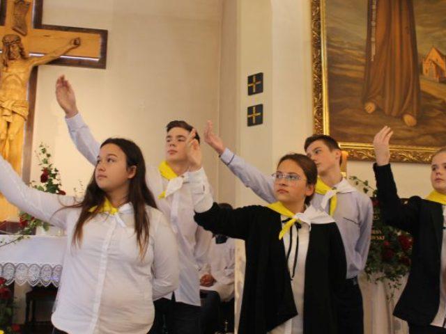 ,, Promieniowanie Ojcostwa''- XVIII  Dzień Papieski w Szkole Podstawowej w Wilkowicach